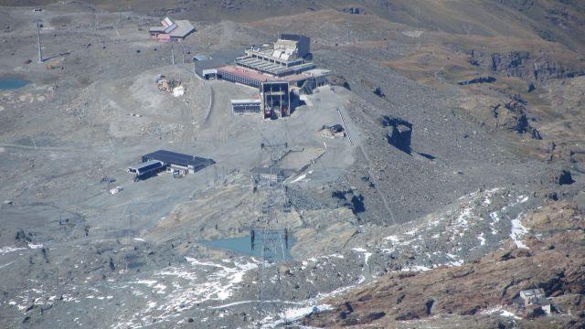 Zermatt narty latem Na lodowcu   (72)